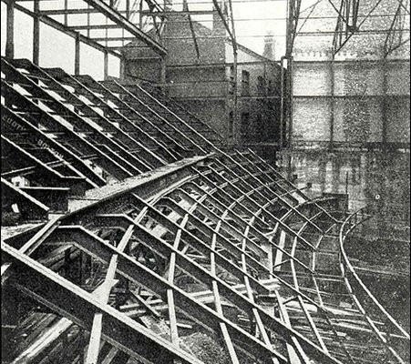 Balcony Cantilever construction prior to opening on October 7th 1932
