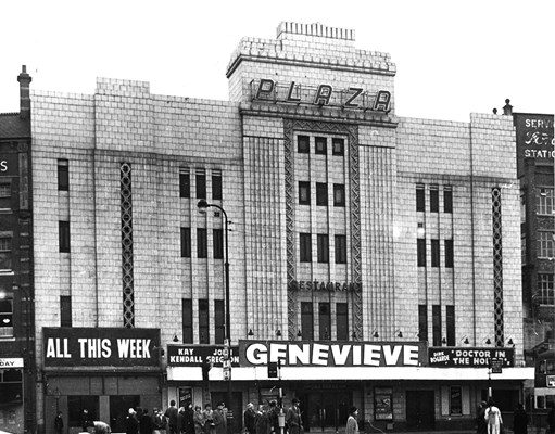 1954 Screening of 'Genevieve' as the main feature alongside 'Doctor in The House'