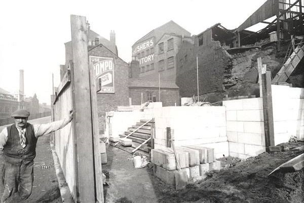 Building of the 'Plaza Steps' prior to the building of The Plaza
