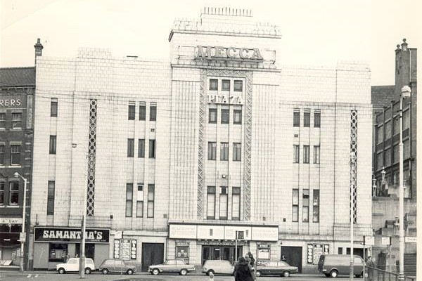Mecca Bingo and Samanthas Nightclub located in what previously had been The Plaza Cafe