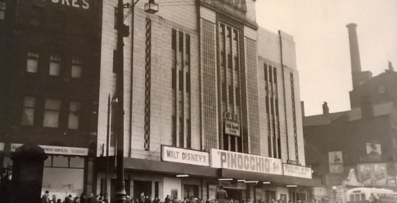 Queues forming for the 1953 screening of Pinocchio